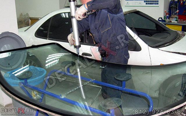 Вклеить стекло в автомобиль своими руками - HubertHaas
